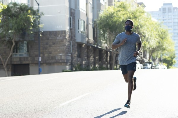 ASICS announces a revolutionary face cover for runners – the ASICS RUNNERS FACE COVER
