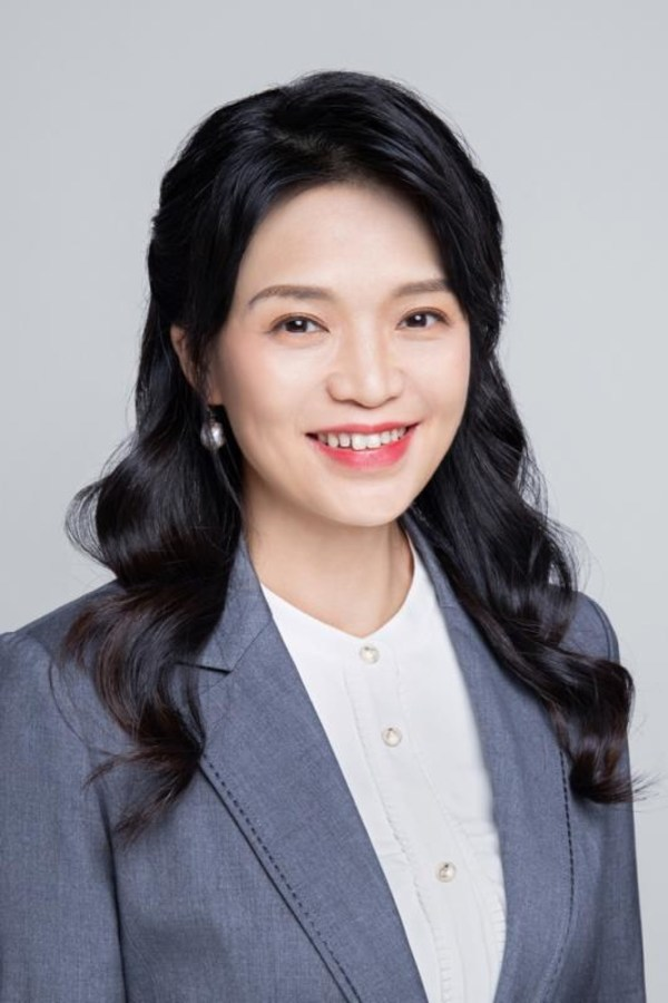CFO of CMAB, Maggie Chen, CEIBS EMBA