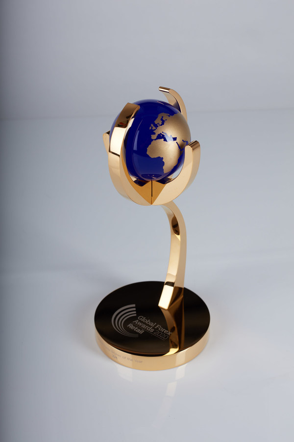 Global Forex Awards 2020 - Retail Winners Trophy