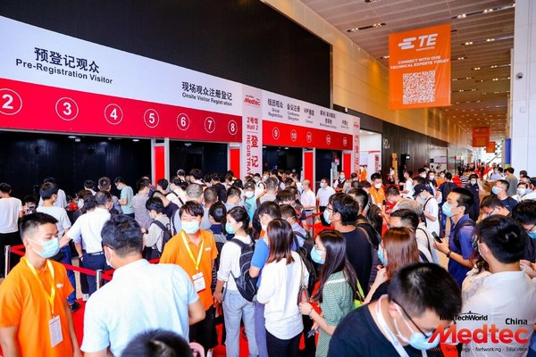 Visitors queuing up to visit Medtec China 2020