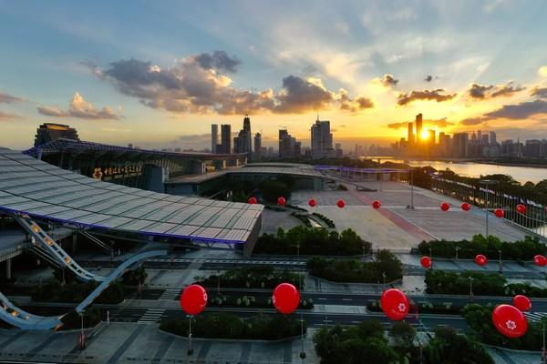 第128回広州交易会、未来のライフスタイルの変化を推進するイノベーションを掲げてオープン