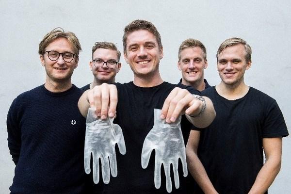 来自瑞典学生团队的可回收PPE手套