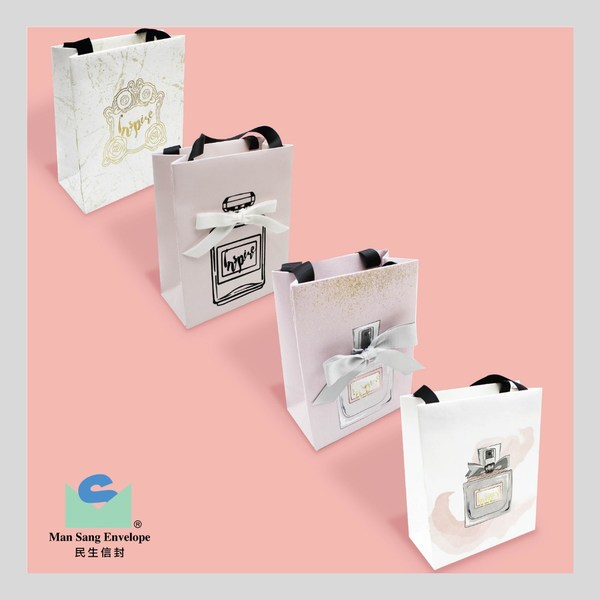 Paper carrier with twinkle finish and ribbon attachment