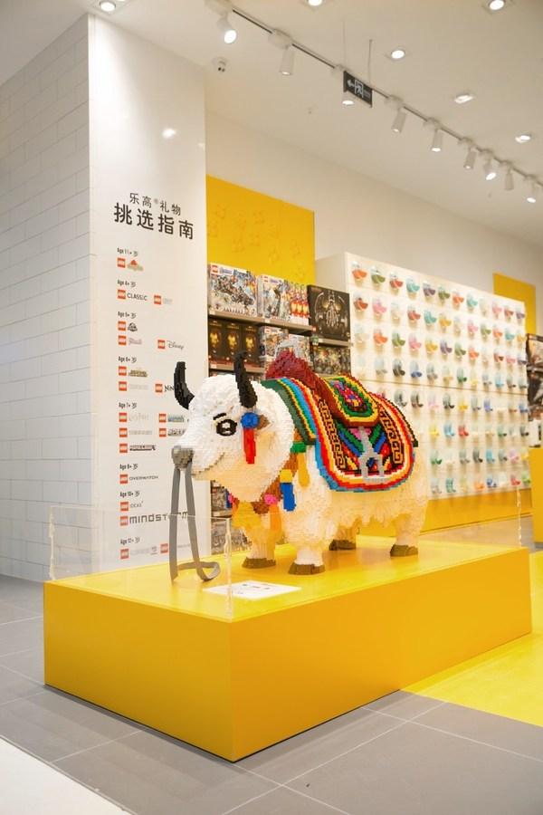 """乐高3D地标模型-""""牦牛"""" 共使用大约135,000个乐高积木颗粒,耗时800小时"""
