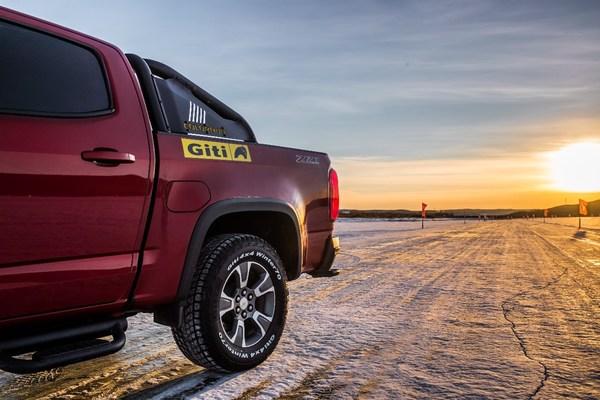 寒冬将至,佳通轮胎第二代吸附技术护车主畅享冬日、安全稳行