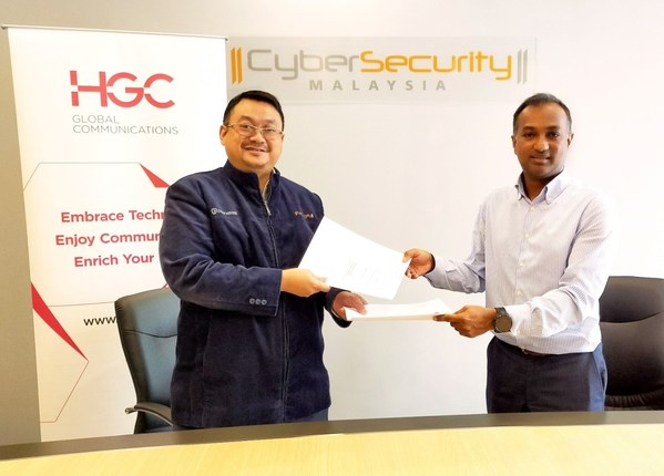 HGC環電與CyberSecurity Malaysia簽署諒解備忘錄。(由左至右:CyberSecuity Malaysia行政總裁Dr. Haji Amirudin Bin Abdul Wahab拿督,以及HGC環電高級副總裁(國際業務)Ravindran Mahalingam)