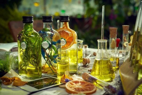 深秋惬意自然时光 Herbal Essences植感哲学打造更好洗护体验