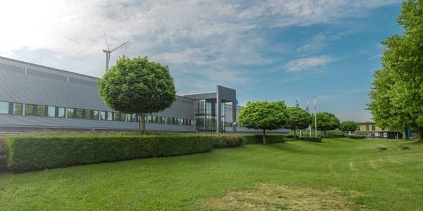 TUV莱茵投资动力电池实验室 全面助力新能源汽车电动化发展
