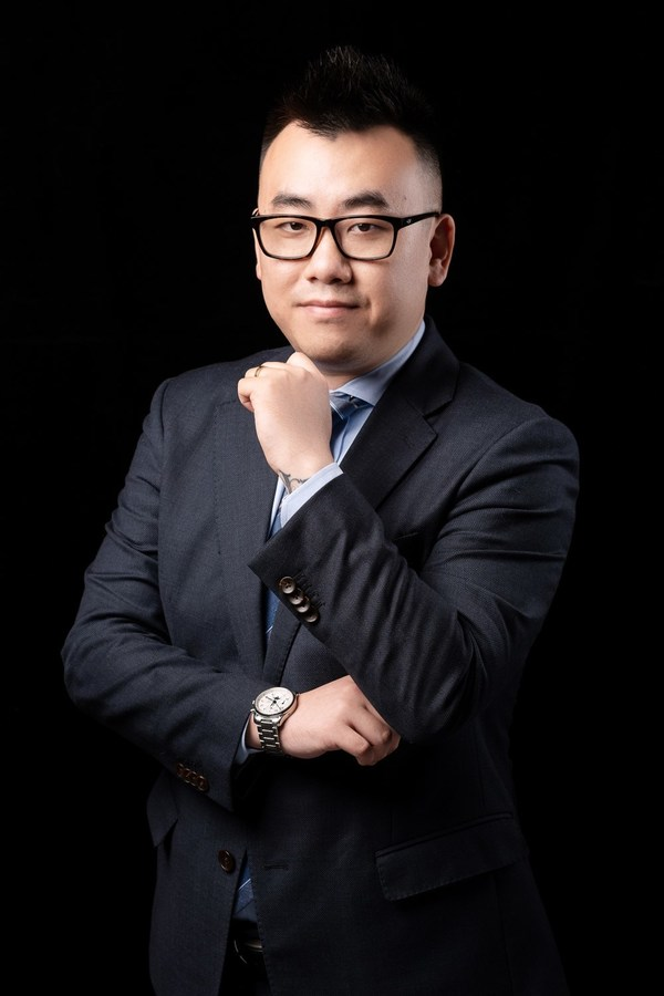 袁春阳先生荣任上海虹桥祥源希尔顿酒店