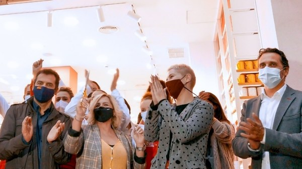 Grand opening celebrations in Madrid, Spain, at MINISO's 100th new store since its October IPO