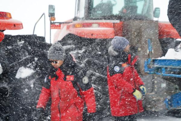 探索不止,波司登联合中国南极科考队推出专业保暖系列