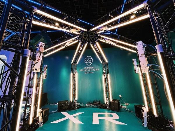 螳螂慧视展厅一角:XR体验空间