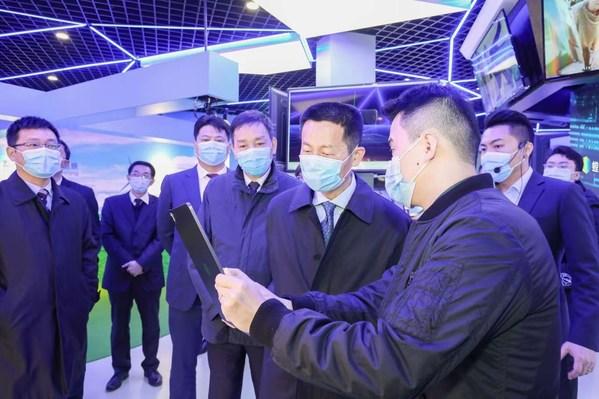 中以(上海)创新园一周年,螳螂慧视3D技术应用空间展厅落成