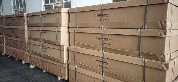等待發往香港的防疫醫院病房專用液壓病床成品