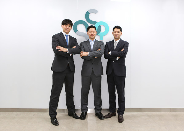 From left to right: Myung Hyun Yoo (Head of Investor Relations & Business Development),  Sunghoon Kwon (CEO), Jaehoon Kwon (CFO)
