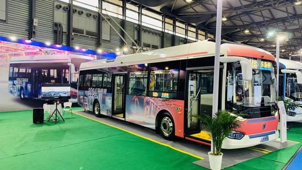 申沃无轨电车华丽换装 创新产品出征2020上海国际客车展