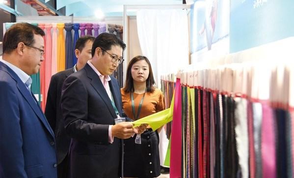 Cho Hyun-joon, Hyosung Chairman Undertakes Brazil Spandex Plant Extension