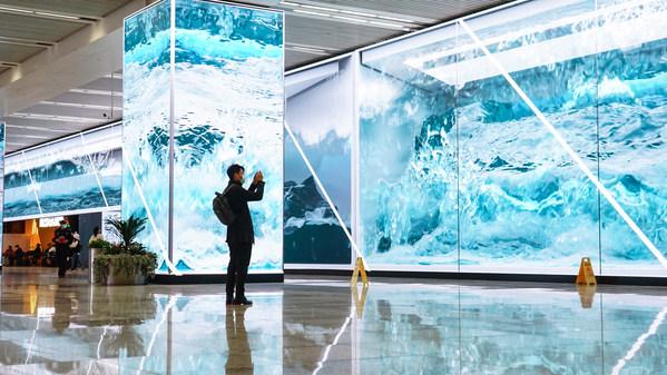 上海交通枢纽安装1800平方米艾比森LED显示屏