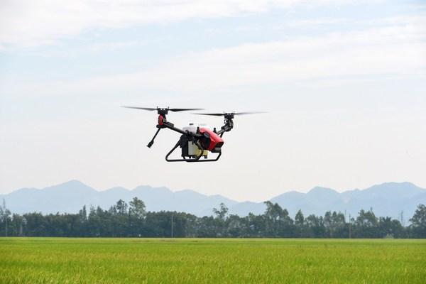 开启智慧农业新篇章 极飞科技创新推出V系列双旋翼农业无人机