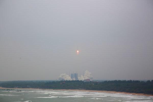 长征八号运载火箭首飞成功,文昌鲁能希尔顿酒店提供极佳观测点