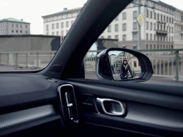 Volvo Cars and Safety in the cities
