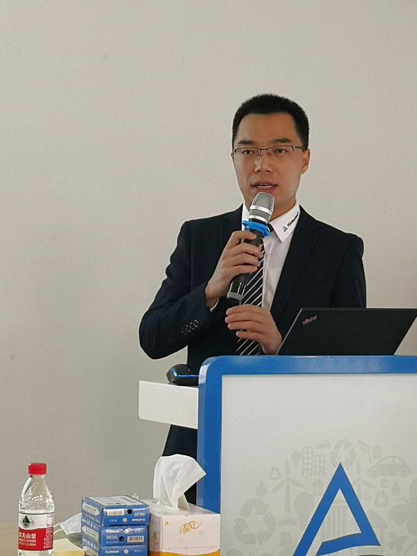TÜV莱茵在深圳举办AGV 无人导引车新标准技术研讨会