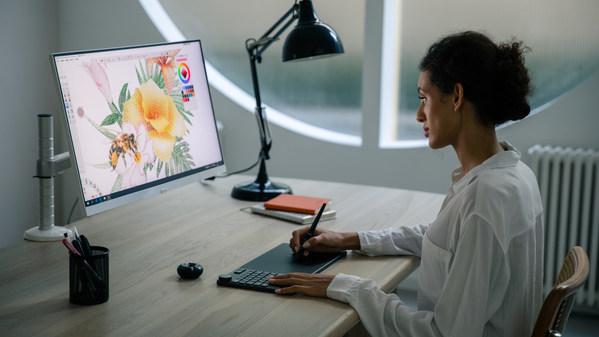 鍵盤+數位板二合一的創新之作,繪王KD200囊獲三項國際尖端獎項