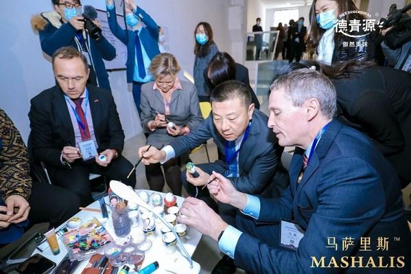 丹麦大使、欧盟官员齐聚,德青源马萨里斯全球首发