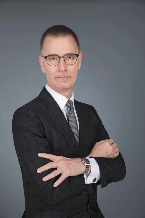云顶新耀首席执行官、医学博士薄科瑞(Dr. Kerry Blanchard)