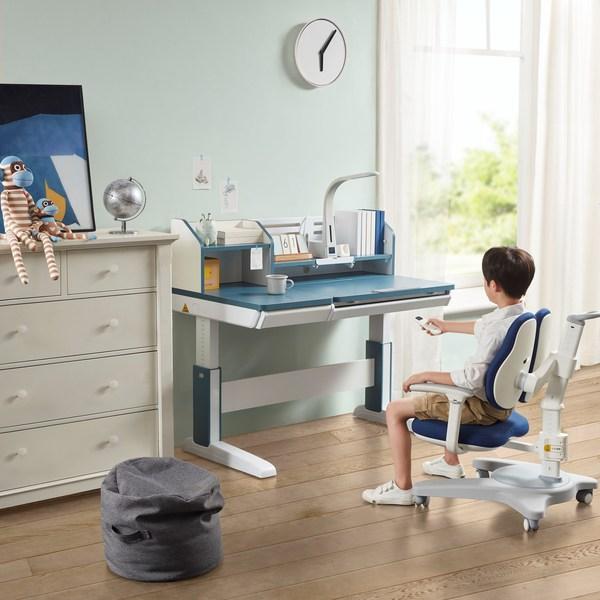 护童DL吉象电动系列学习桌(图片来自护童官网)