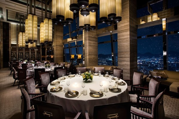 Marriott International Celebrates Another Stellar Year in Fine Dining with Five Restaurants Awarded a Total of Eight Stars in the Michelin Guide Hong Kong Macau 2021