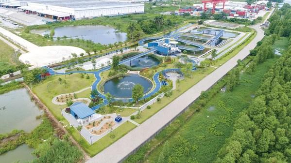 李锦记新会生产基地的湿地公园