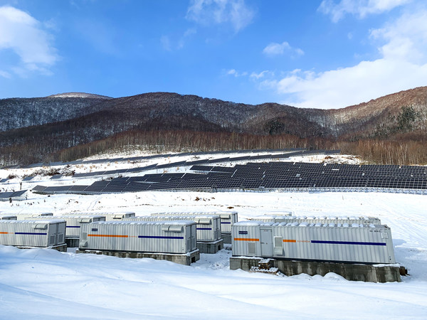 Sungrowが21MWhのDCカップリング太陽光発電プラス蓄電プラントを日本に供給