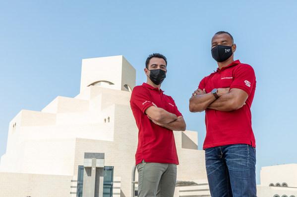 Football Greats Cafu and Xavi Soaked Up the Sights of Qatar During the FIFA Club World Cup Qatar 2020™