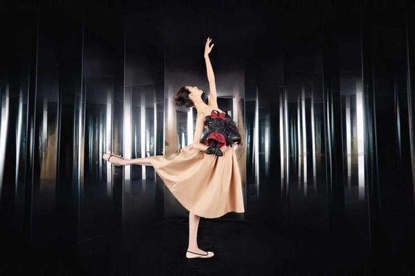 迪士尼商店推出元气米妮至臻系列,芭蕾舞艺术家谭元元闪耀演绎