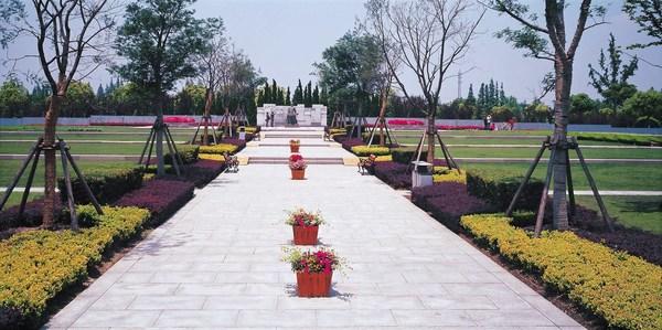 弘扬铁军精神 传承红色文化 -- 记上海福寿园新四军广场纪念项目