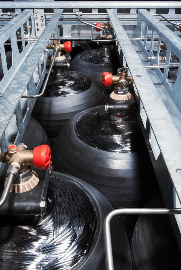 CIMC Enric và Hexagon Purus thành lập các liên doanh hydro nhằm nội địa hóa bình chứa khí hydro Loại 4 chất lượng hàng đầu thế giới ở Trung Quốc