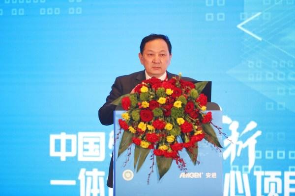 中国康复医学会骨质疏松预防与康复专业委员会主任委员 杨惠林