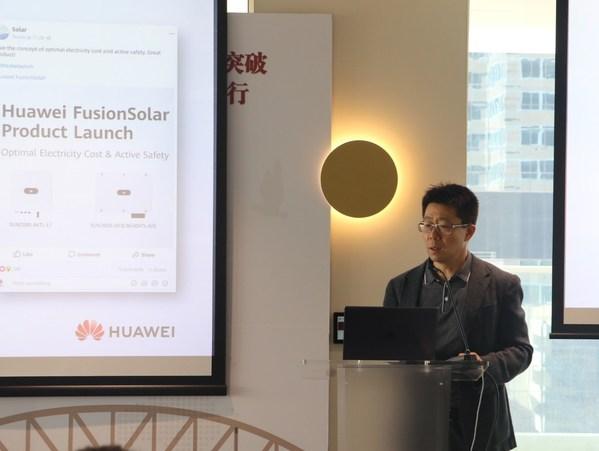 Hudson Liu, CEO of Huawei Australia, making the welcome speech