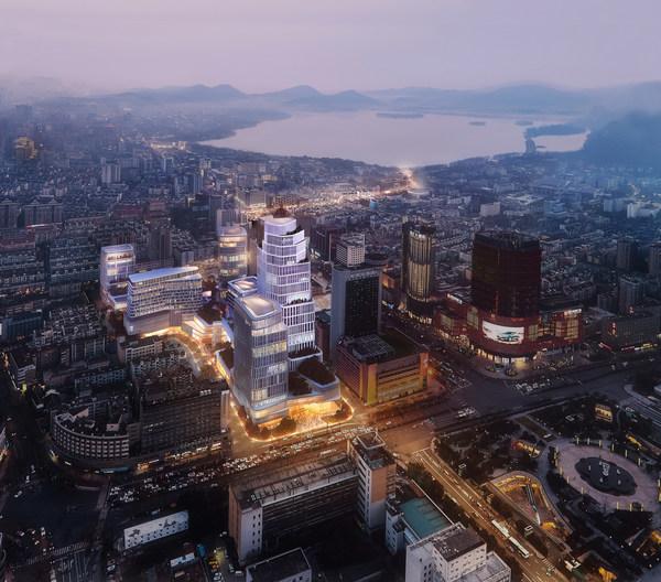 杭州文華東方酒店預計於2025年隆重開幕,加入以奢華為定位的杭州恒隆廣場,締造奢華的高端生活圈。(注:此為效果圖片,僅作參考用途)