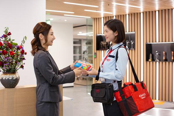 """""""养乐多妈妈""""家庭配送服务模式,为更多的消费者送去新鲜产品和健康理念"""