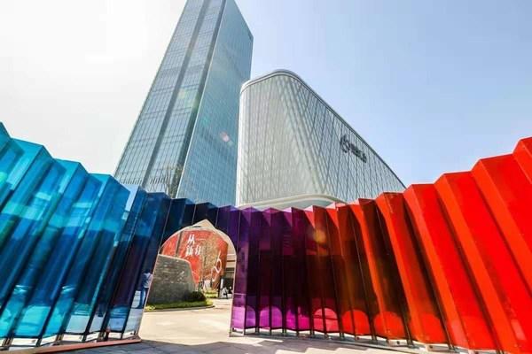 恒隆地产在华中的首个大型商业综合体项目 -- 武汉恒隆广场盛大开幕
