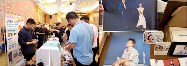 在2021富士新品推介会广州站现场,与会同仁体验和了解富士胶片影像行业数字印刷解决方案