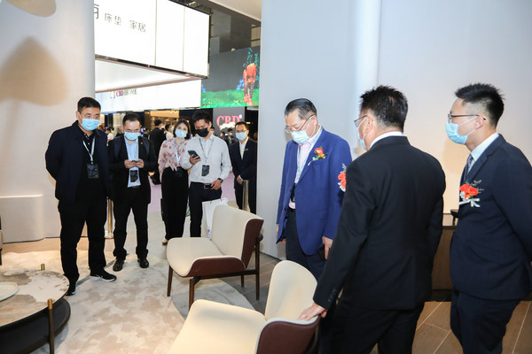 """45th International Famous Furniture Fair (Dongguan)(""""Dongguan 3F"""" or """"3F"""") closes with new record of visitors: 192,551 visitors in total."""