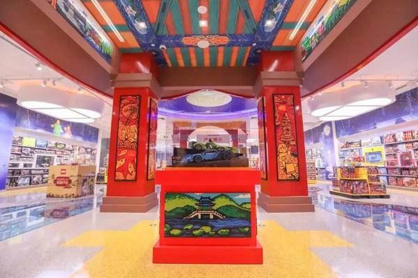 乐高品牌旗舰店将当地的文化、风土人情与乐高创意玩乐体验融合