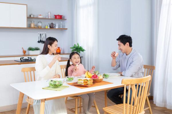 养乐多在青海省西宁市开始销售,普及市场进一步扩大