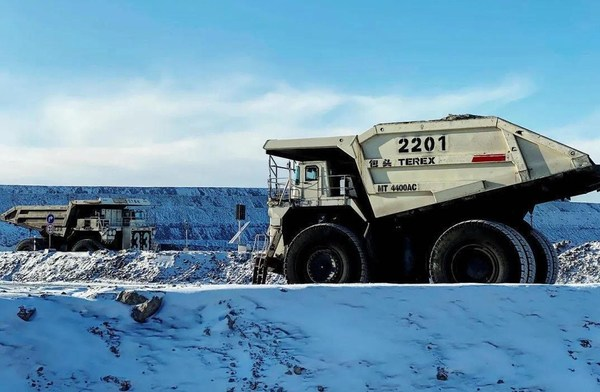 Ouster Empowers Waytous's Autonomous Mining Trucks in Extreme Environments