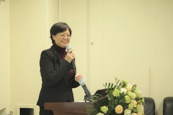 哈尔滨医科大学附属二院五官科医院院长原慧萍教授