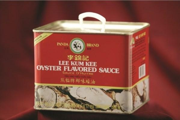 """二十世纪七十年代,李锦记在美国推出""""熊猫牌""""蚝油"""