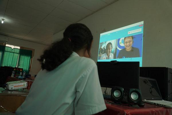 Dukungan CAKAP untuk Program Bangkit dalam Peningkatan Kompetensi Berbahasa Inggris bagi Mahasiswa Fresh Graduate